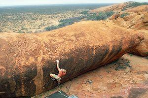 klem loskot bouldering